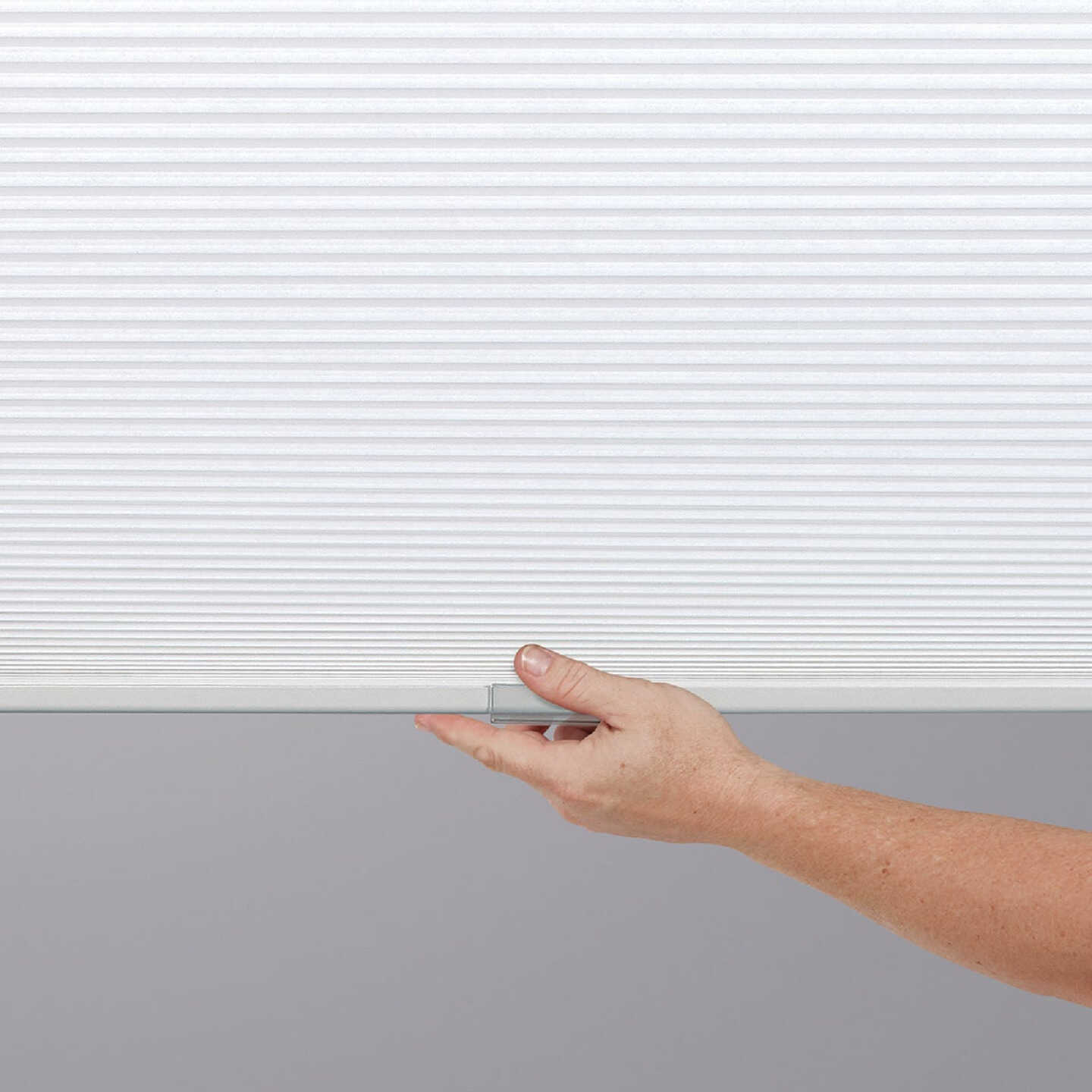 Home Impressions 1 In. Light Filtering Cellular White 34 In. x 72 In. Cordless Shade Image 2